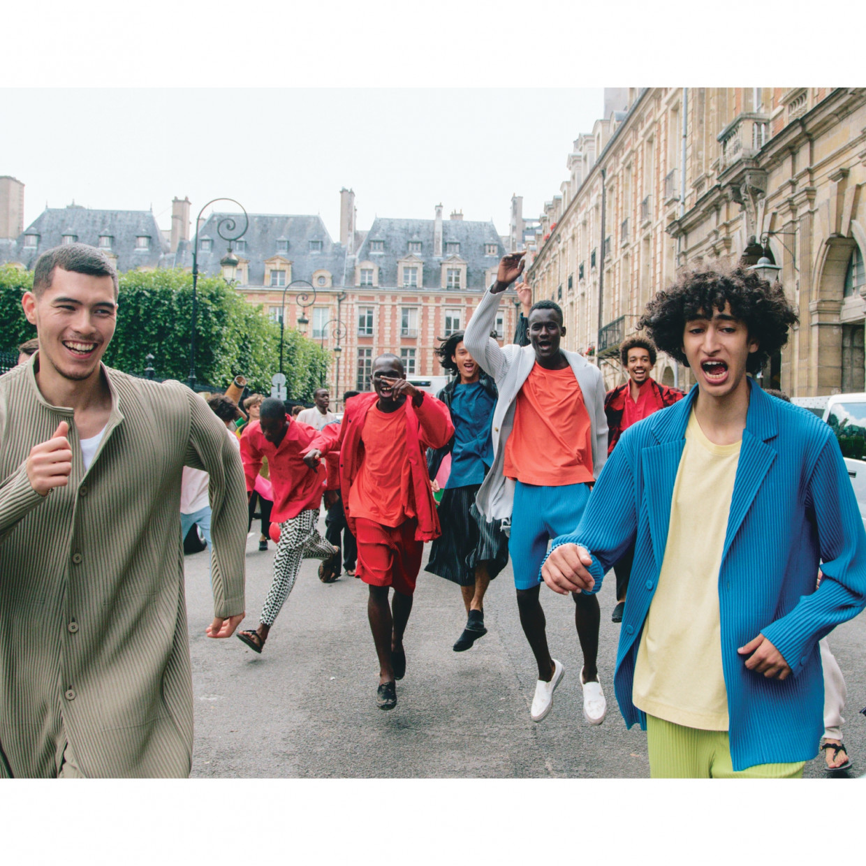 """Documentary """"PLAYGROUNDS Stories behind HOMME PLISSÉISSEY MIYAKE"""""""