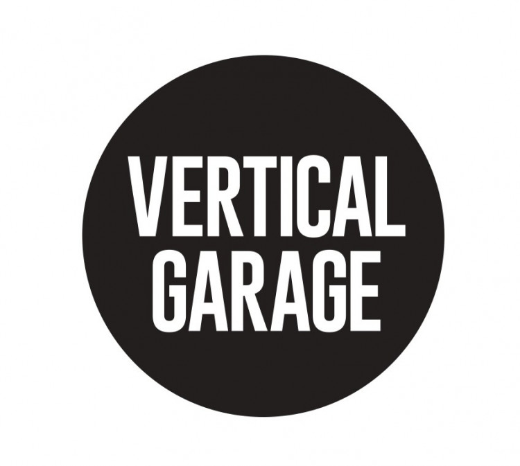VERTICAL GARAGE