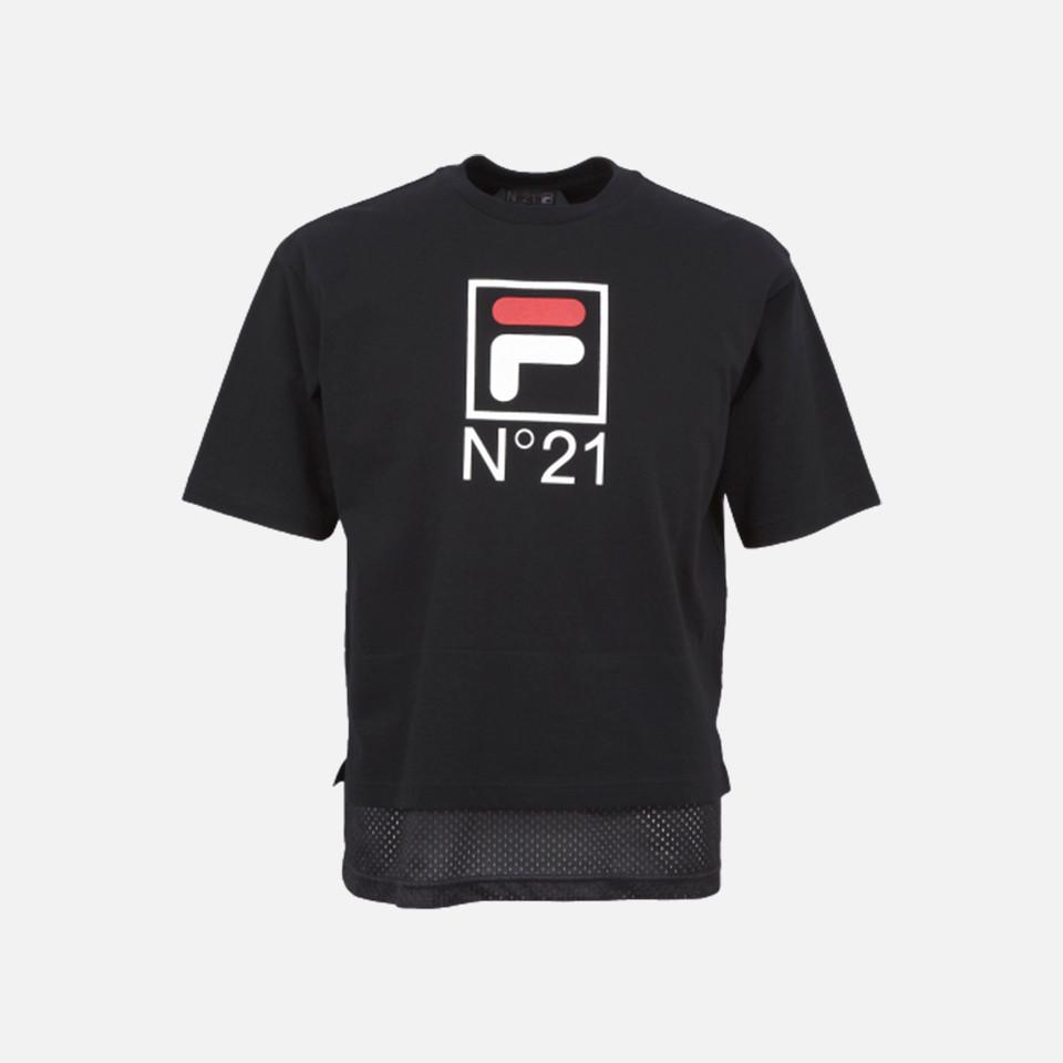 N°21×FILA ロゴTシャツ