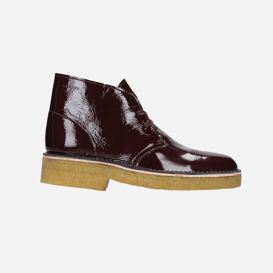 <CLARKS  >Desert Boot221 White Suede