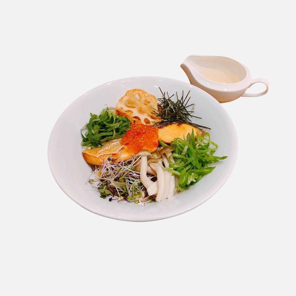 牡蠣とミートソースのスフレオムレツドリア 他