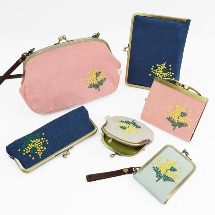 《 Spring Gift 》心はなやぐ春の贈り物、ミモザ刺繍♪