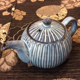 手彫りの陶器【BLUE彫】が入荷しました!