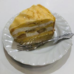 夏の新作!桃ケーキ!