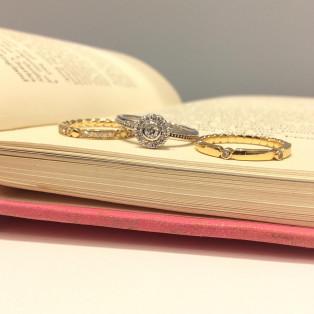 星のダイヤモンドリング