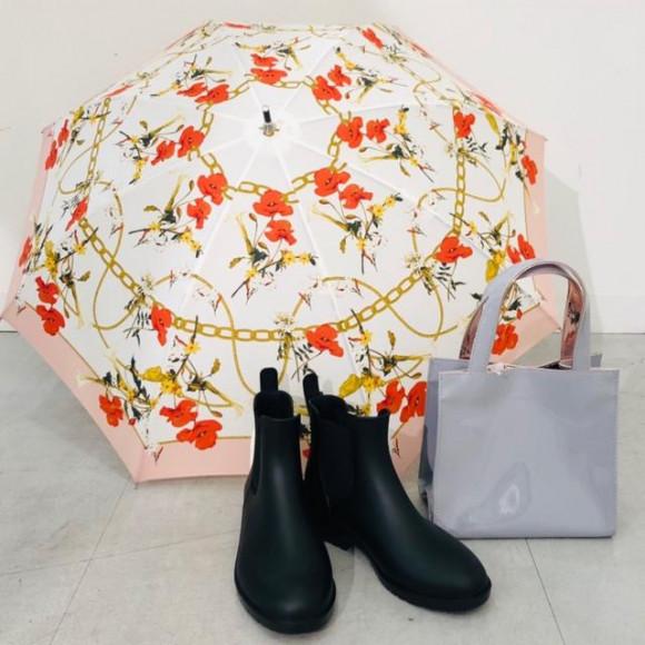 ☆晴れも雨も!お気に入りの日傘でお出かけ!☆
