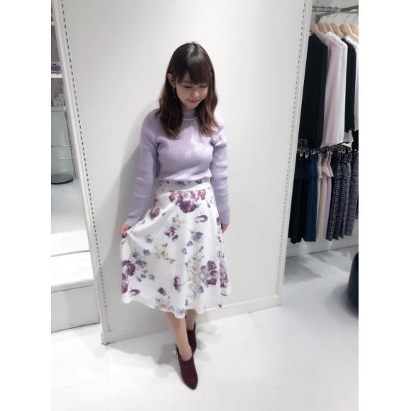 リブニット×花柄スカート♪