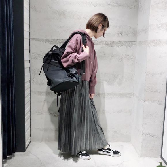 【 グリッタープリーツロングスカート 】
