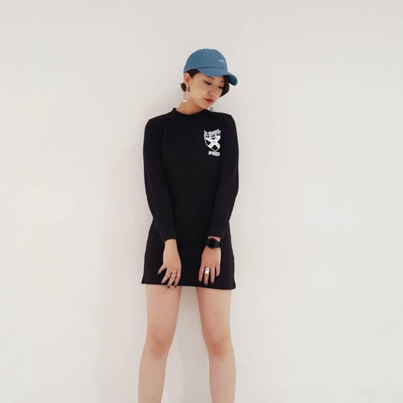 【蛍光色の刺繍のプレッピーロゴ!】PREP COMPACT SWEAT DRESS★