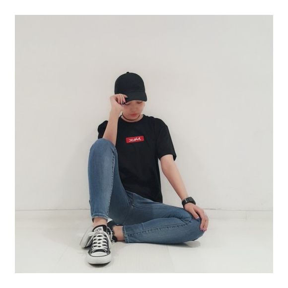 【BOX LOGOとのコーデもばっちり!】LOGO TAPE SKINNY DENIM☆