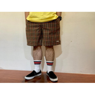 「Plaid Mountain Short」