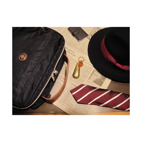 Orobianco~ボックスシルエットのバッグ~