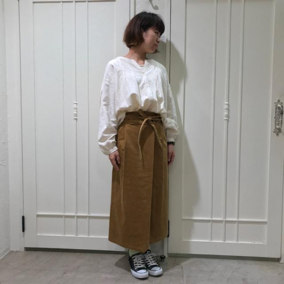 ストレッチのコーデュロイペンシルスカート