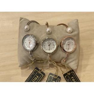 パール付き時計