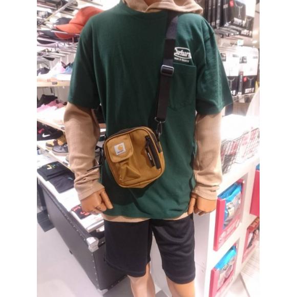 【CARHARTT】 Essentials Bag 巷では入手困難!カーハート エッセンシャルバックが入荷しました!