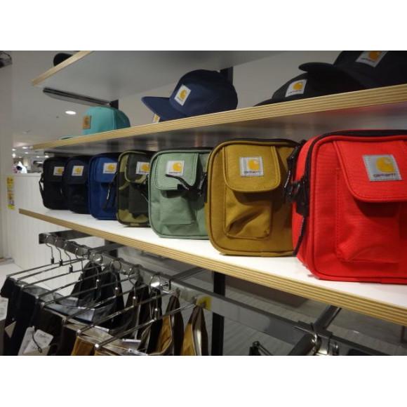 人気沸騰中のCARHARTT カーハート エッセンシャルバッグ全7色入荷しました☆