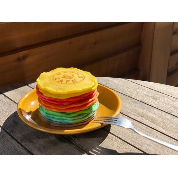 レインボーパンケーキ?!
