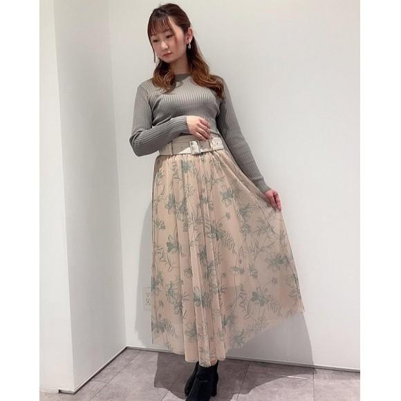 新作スカート