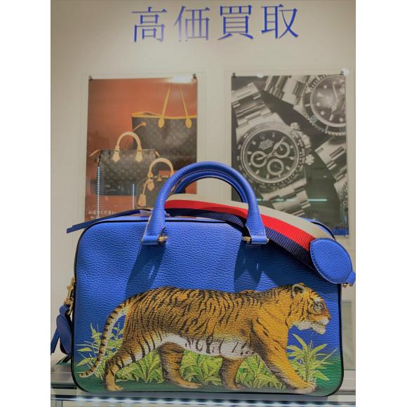 GUCCI グッチ タイガープリント2WAYバッグのご紹介です♪