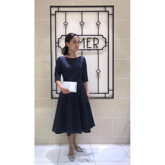 【SALE】サテンで上品!袖付きドレス♡