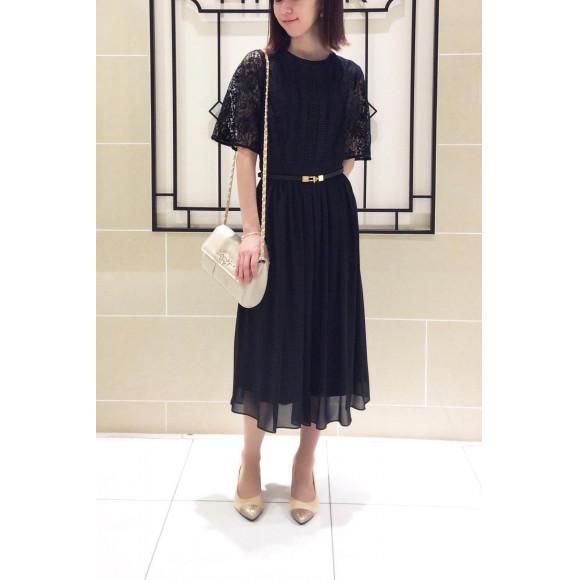 【黒のドレスでもカワイイ印象を作り出してくれるドレス♡】