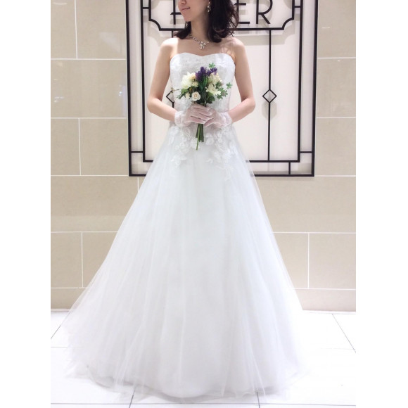 【 BRIDAL FAIR のお知らせ 】本日掲載のドレスも最大20%OFF♫