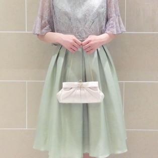 人気のドレスにトレンドの新色出ました☆