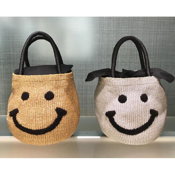 大人気★アジョリーのスマイルバッグ
