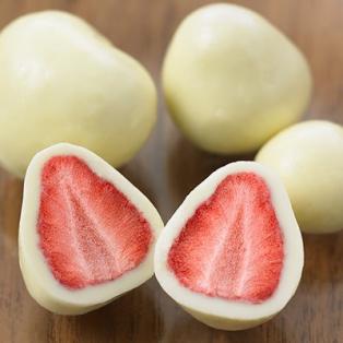 【食品】不揃い ホワイトチョコがけいちご