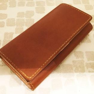 レディースの手縫い財布
