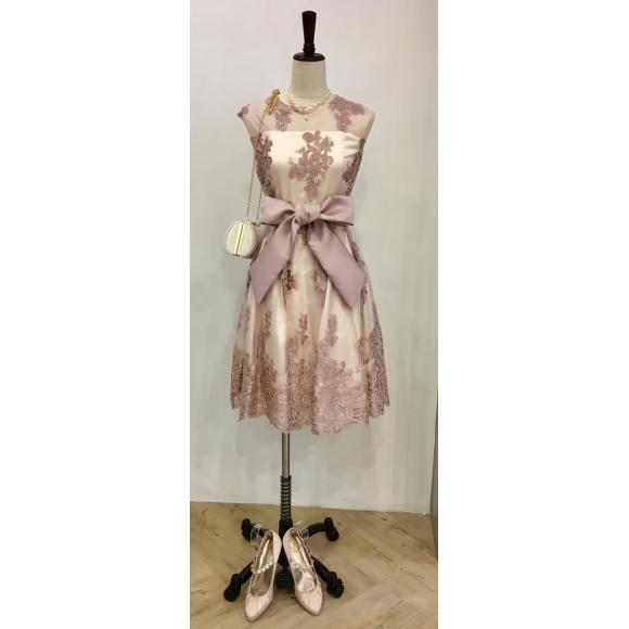 ふんわり可愛いドレス♡
