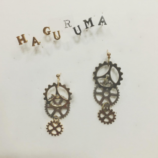 HAGURUMAピアス