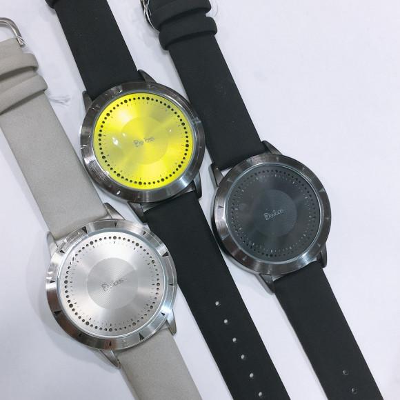 LED 腕時計