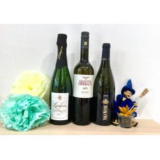 この時期にピッタリのアロマティックなワインのご紹介です。