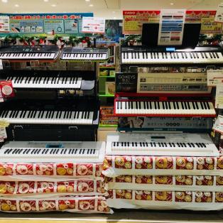 【キーボード】お子様のプレゼントに最適!キーボード多数展示ございます!