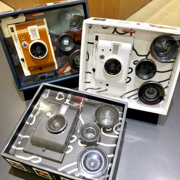 遊び心たっぷり!Lomographyのインスタントカメラ
