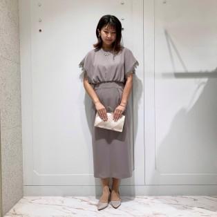 ケミカルレースブレード袖ドレス