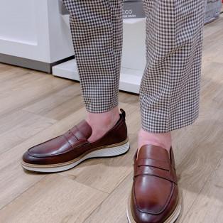 驚愕の柔らかさのお靴もお安くなります!