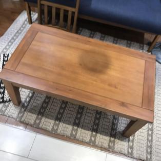 アルンダセンターテーブル