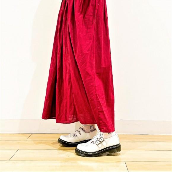 ホワイトカラーで気軽に革靴スタイルを楽しんで◎8065 MARY JANE