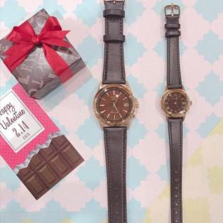 チョコレート色の時計